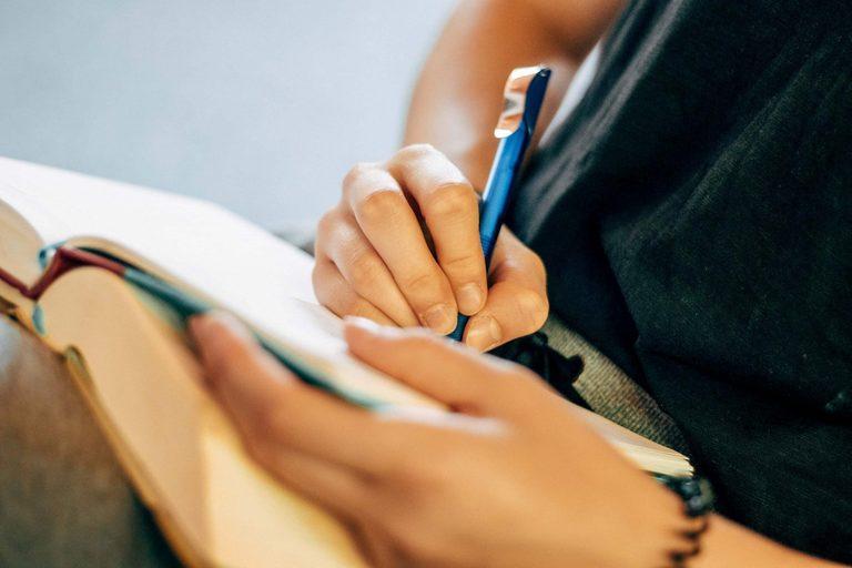 Write For Hoofia
